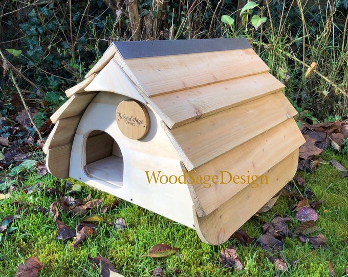 Featured listing image: Hedgehog House