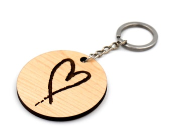 Wooden keychain with engraved heart / Wooden heart keyring / Gift for her / Gift for Mom / Gift for wife / BFF Gift / Quality hardwoods