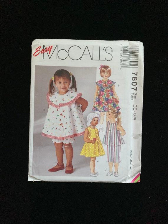 8876 UNCUT Vintage McCalls Sewing Pattern Misses Loose Fitting Pullover Jumper