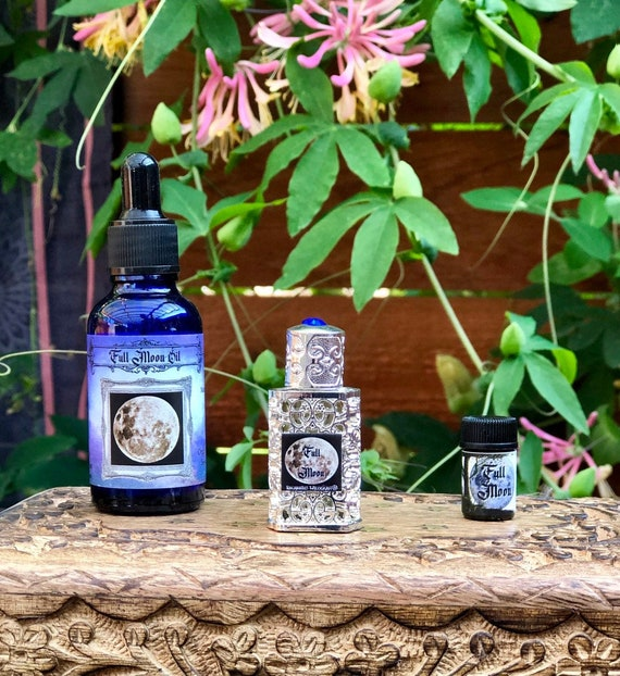 Full Moon Botanical Essential Oil Blend Pagan, Witchcraft, Wicca Supplies  Moonbathing Ritual