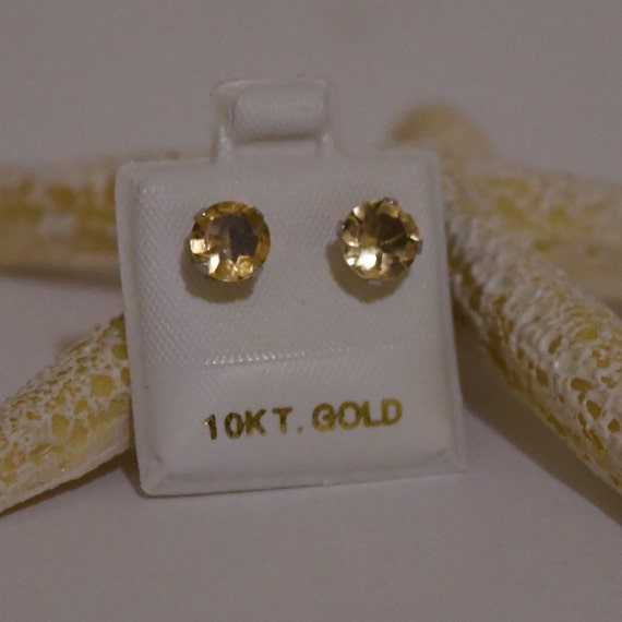 Vintage 10kt Yellow Gold with Citrine Earrings Nov