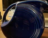 Fiesta quot New quot COBALT BLUE Disc Pitcher, Fiestaware, 64oz, 7.5 quot tall, Fiestaware, Ice Lip
