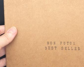"""Carnet de notes carré (14*14 cm) avec couverture kraft - Cadeau idéal pour auteurs et passionnés d'écriture - """"Mon Futur Best Seller"""""""