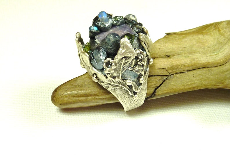 adjustable fairy ring silver crown ring medieval ring raw crystal ring Raw sapphire ring with rainbow moonstone