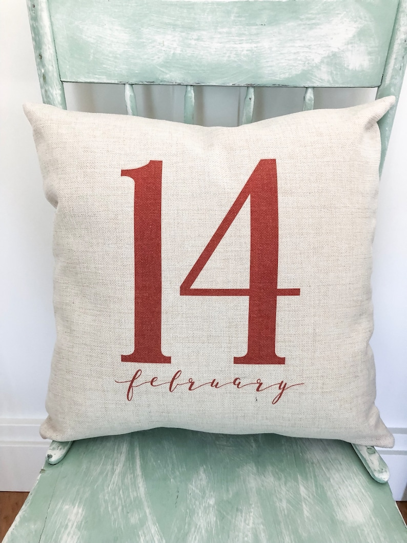 February 14 Happy Valentine's Pillow Cover image 0