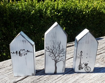 3 wooden houses in shabby chic, vintage country house window decoration, wooden decoration