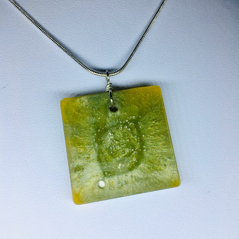 One of a kind Raw Lime Square costume jewellery pendant on image 0