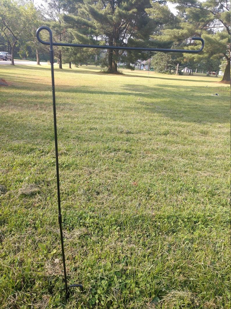 3 Piece Garden Flag Pole image 1