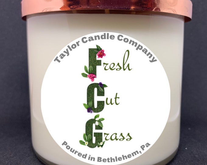 Fresh Cut Grass Soy Candle, Grass scented candle, Spring, Summer, outdoors, vegan wax candle