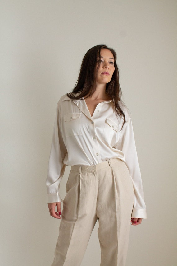 Vintage ivory silk charmeuse button up blouse // X