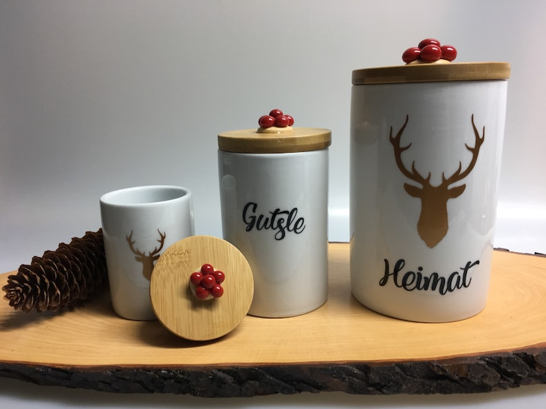 Black Forest tin with Bollenhut 3 sizes to choose from Black image 1