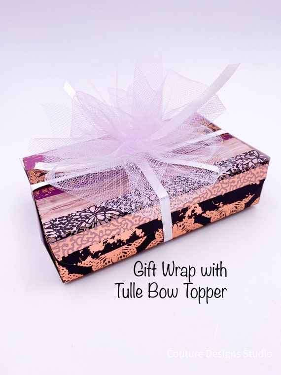 Gift Wrapping - Gift Packaging, Gift Wrap