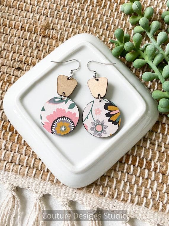 Modern Floral Circle Earrings - Neutral Wood Earrings - Boho Wood Earrings - Retro Flower Circle Earrings