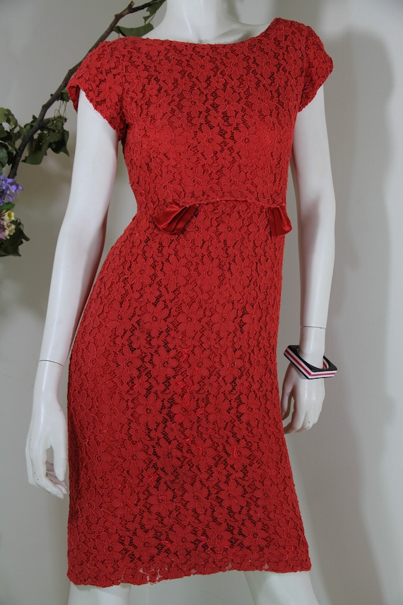 Red Lace 50s-60s Dress