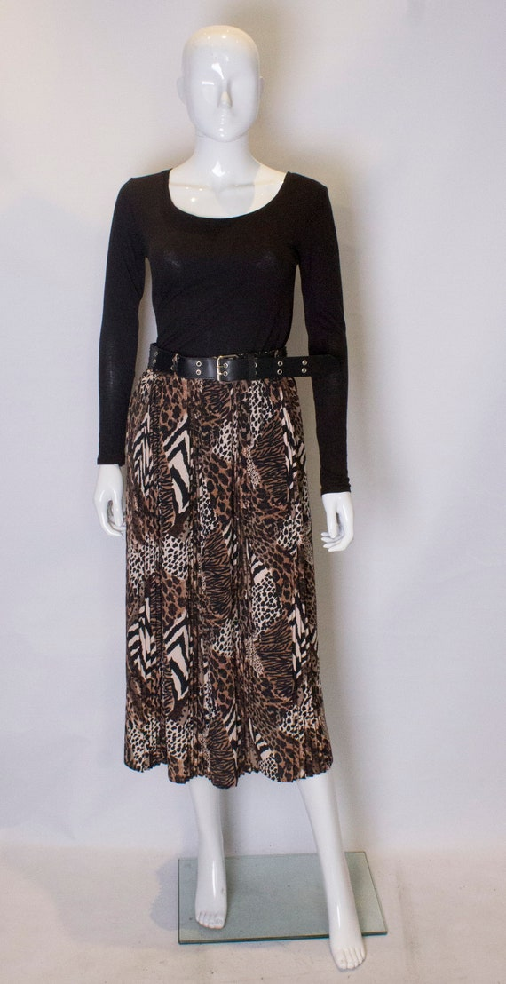 A Vintage 1980s Leopard Print Skirt with Pleats