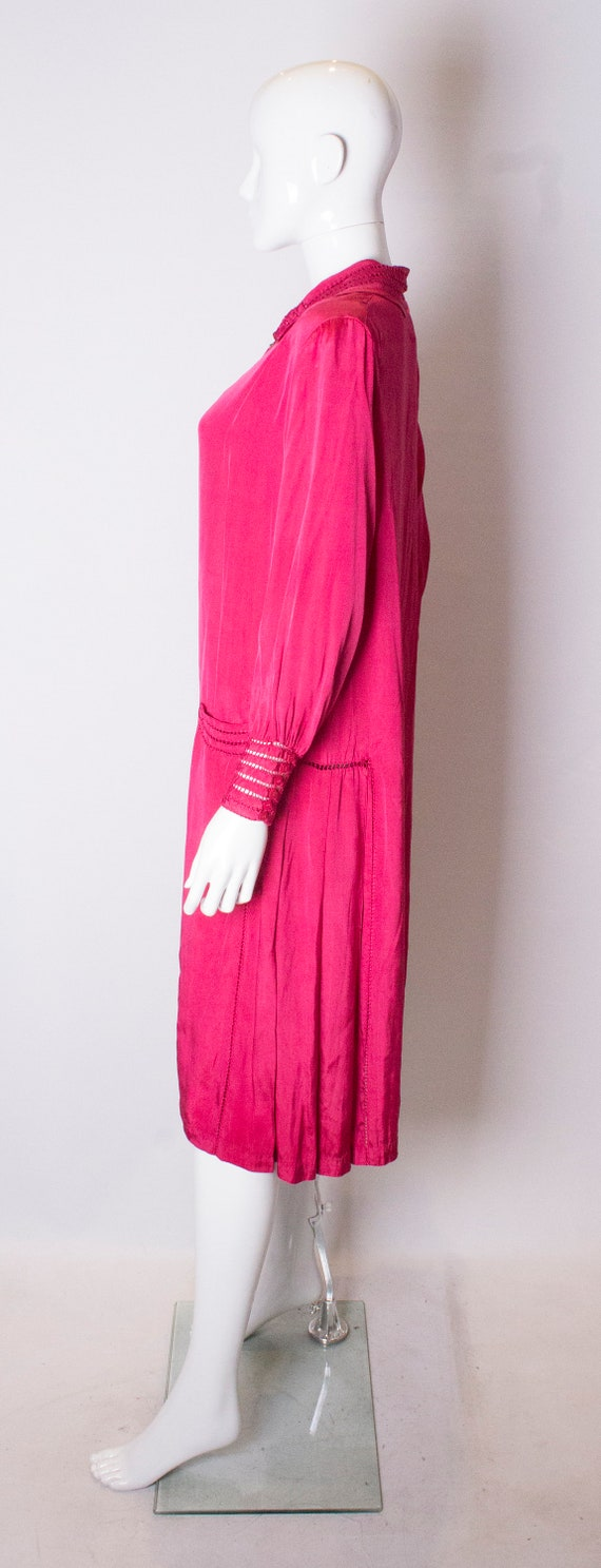 A Vintage 1920s silk Pink day Dress - image 3