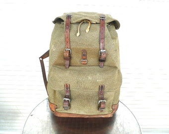 73fcb18fd 1960 Vintage Swiss Army Backpack Citybag Salt and Pepper Swiss Leather  Canvas Leder Rucksack Schweizer Armee Suisse Sac a Dos Lin Leinen