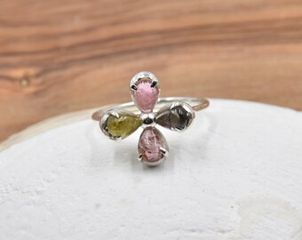 Red quartz ring mounted on 925 Sterling Silver Free tracked shipping Canada /& USA Size 7.75 US