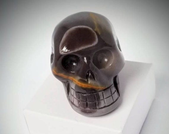 Mookaite Skull