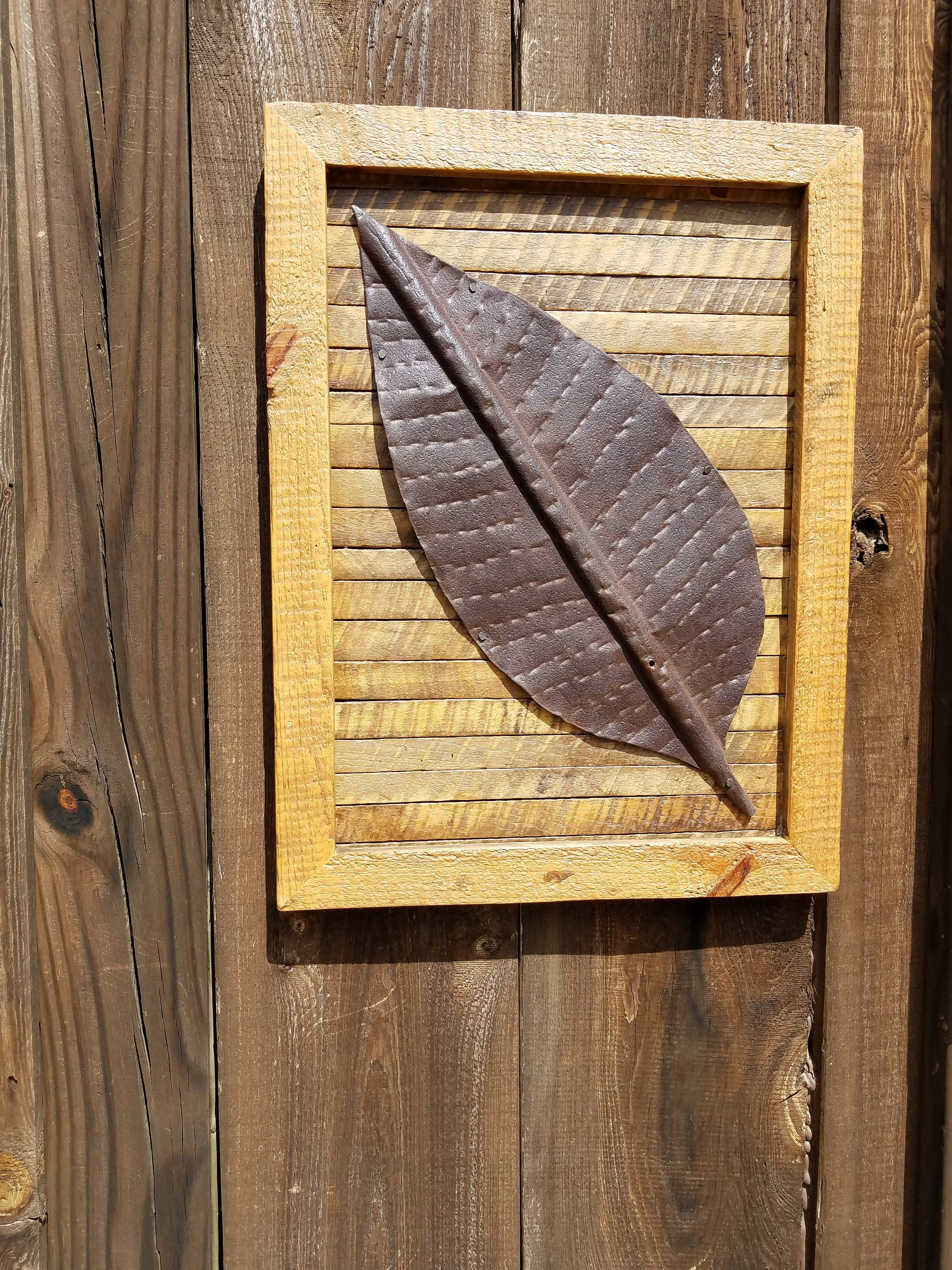 Delicieux Barn Wood Art   (Rescued And Reclaimed) Barn Roof Tin Tobacco Leaf On  Tobacco Stick / Barn Wood Frame/Folk Art  Unique From BarnWoodBlessed