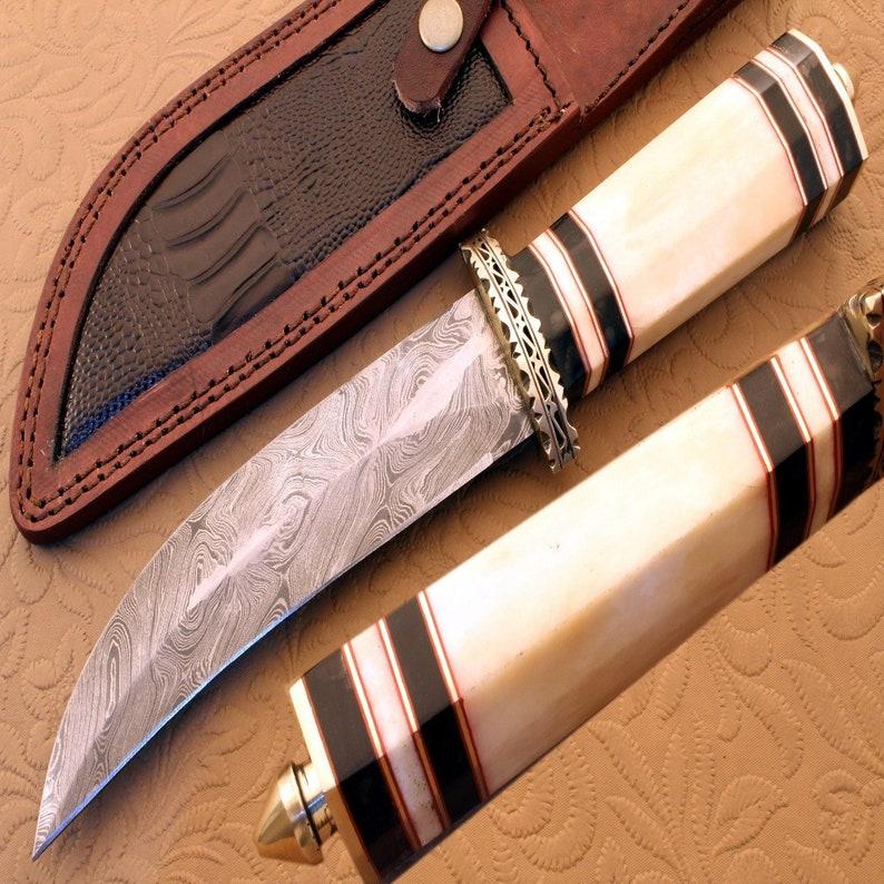 Custom Handmade Damascus STEEL BOWIE Knife with Camel Bone and Buffalo horn  handle {QN-711}