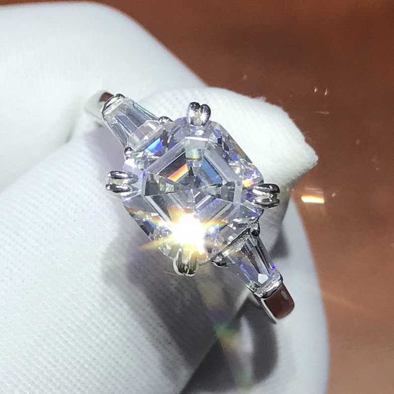 925 Sterling Silver Blue-White Loose Moissanite Round Cut 3-stone Ring 3.00 Ct