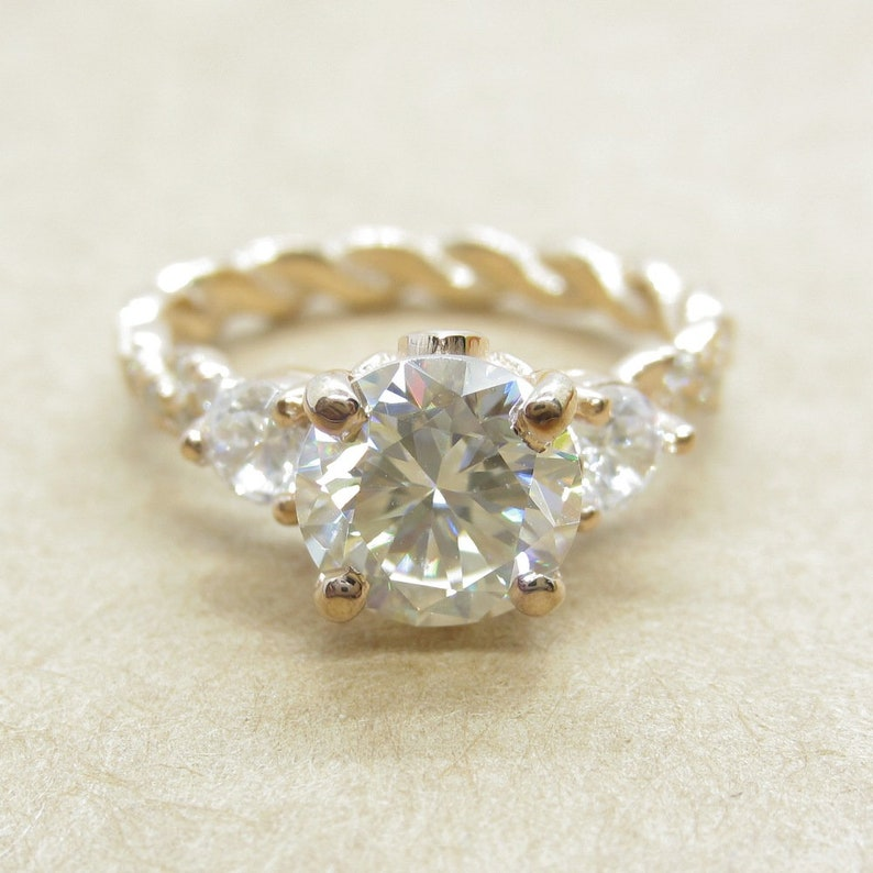 Details about  /2.50 Ct Light Blue Oval Cut Moissanite Halo Engagement Ring 925 Sterling Silver