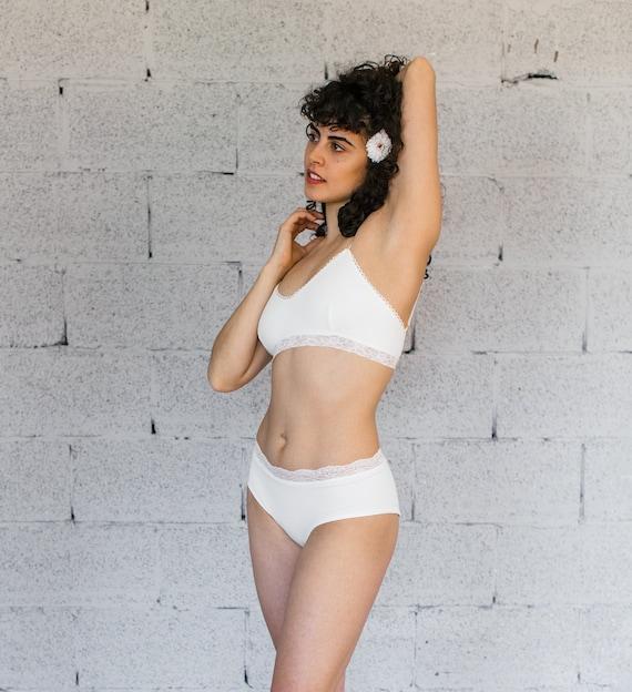 Women/'s White Bra /& Panty Panties Set