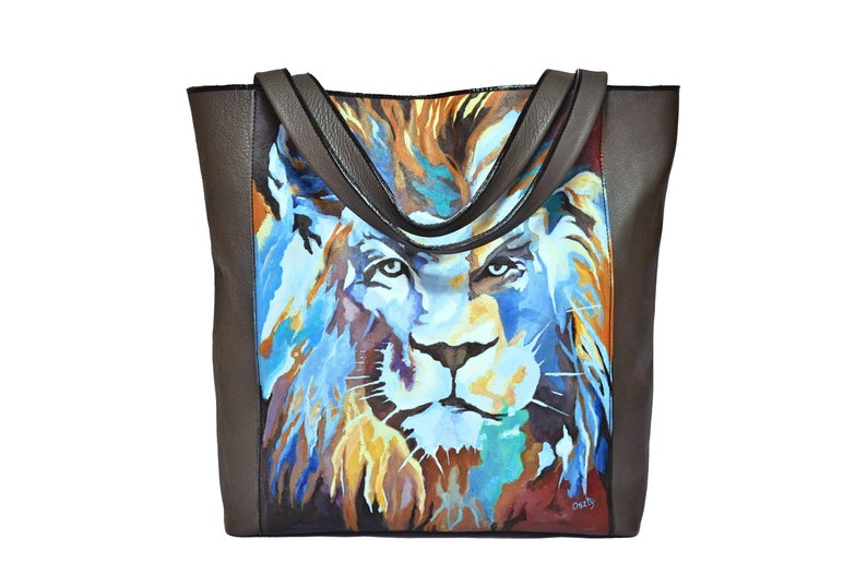 Handmade leather bag with painted lion hand painted by artist. image 0