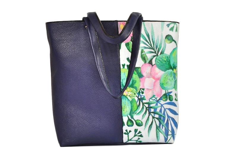 Handmade leather bag with hand-painted flowers by image 0