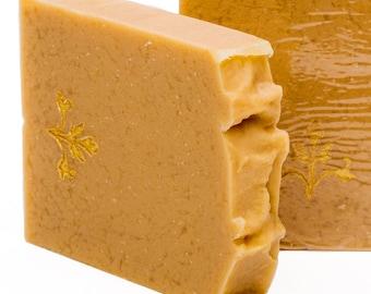 9.89 EUR/100g donkey milk soap with Goldstempe