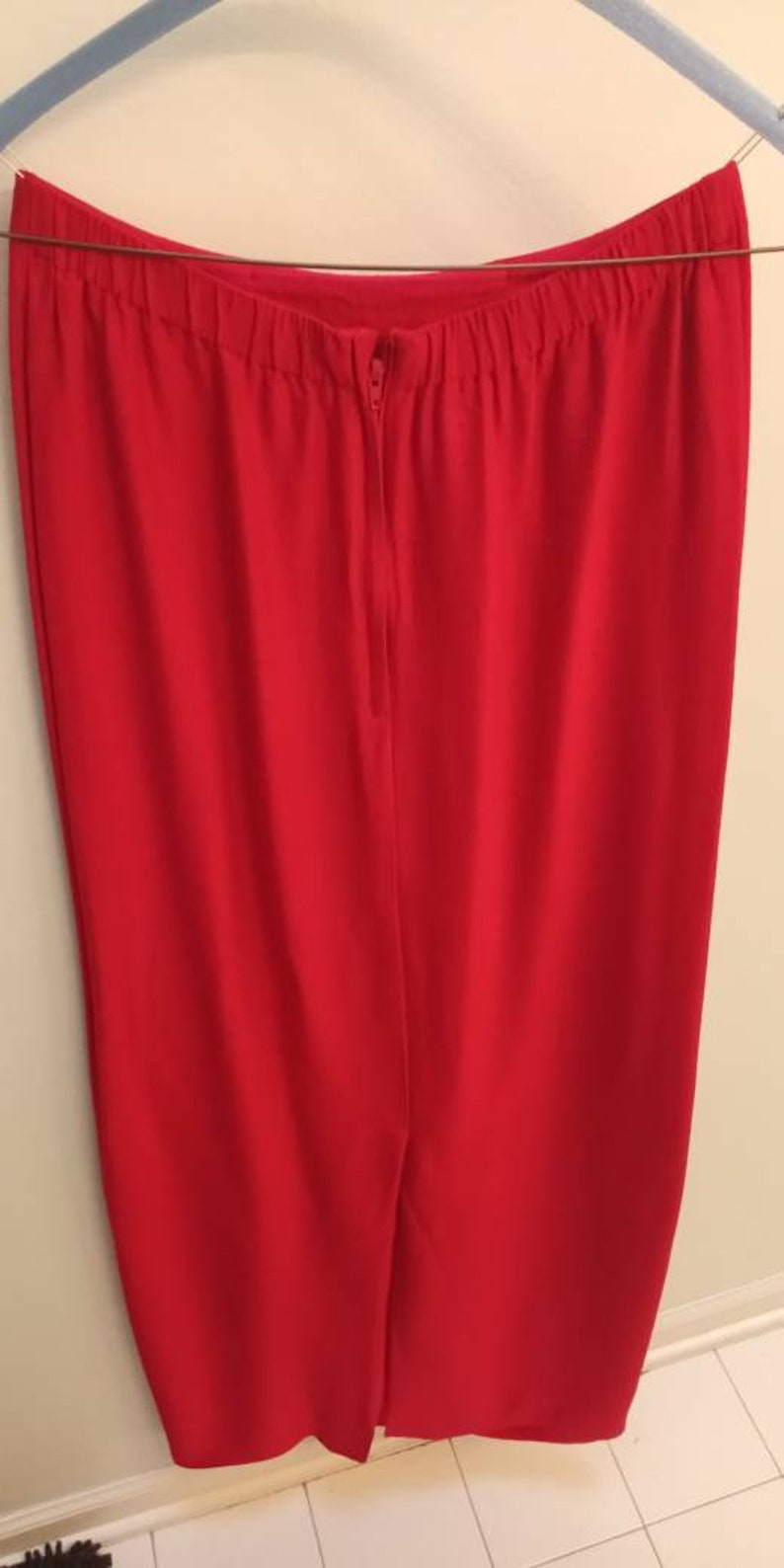 Vintage Scarlet Fitted Skirt to Ankles