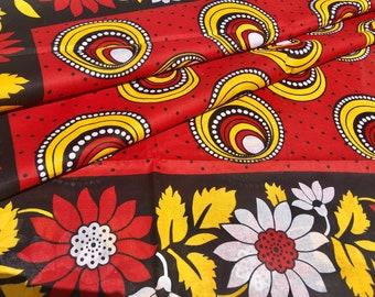 "African fabric: Kanga nzito ""blood moon"", towel, Swahili saying, Tanzania Khanga, beach towel, wrapcloth, Lesso, cotton fabric"