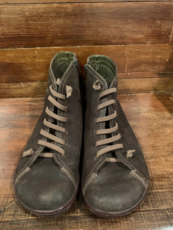 Brown leather CAMPER boots