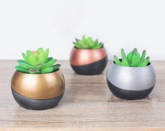 Two-Piece Spherical Indoor Planter   3D Printed   Succulent Plant Pot   Dimensional Designs
