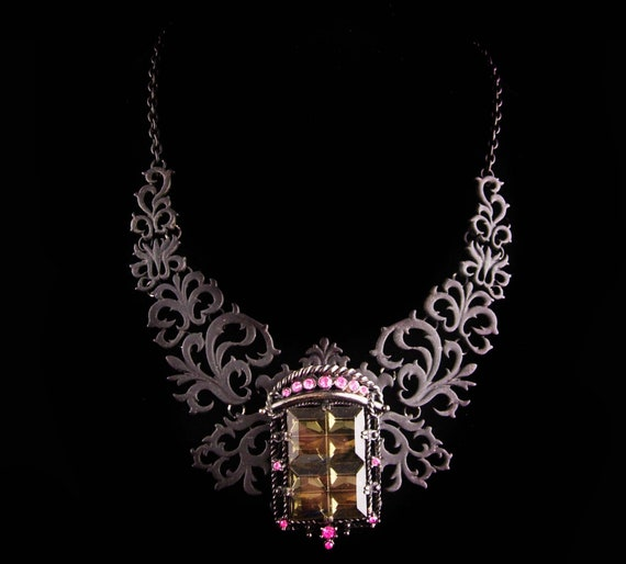 Gothic statement necklace - black rhinestone brooc