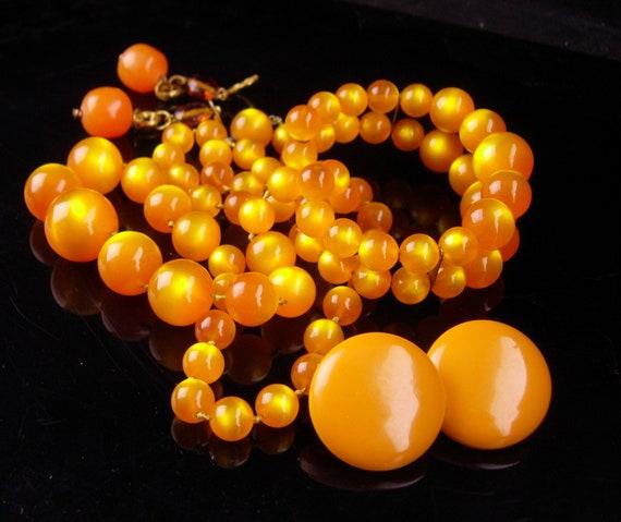 Vintage moonglow necklace set  / orange amber earr