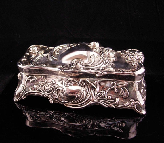 Large Victorian box / jewelry casket / silver footed jewelry case / Wedding  gift / velvet lined Trinket box / Vanity box / Victorian style