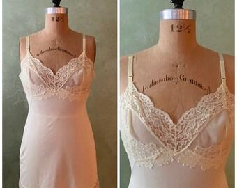 Neutral Lace Dress Slip 34 S Hollywood Vassarette Munsingwear