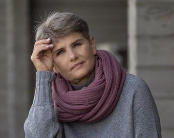 Purple knit shawl, grape merino wool travel blanket scarf, handmade plum wrap, soft wool shawl for shoulder, oversized scarf
