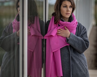 Fuchsia scarf, knit cashmere wrap, kashmiri shawl, soft warm winter merino wool blanket, luxurious cashmere travel accessory