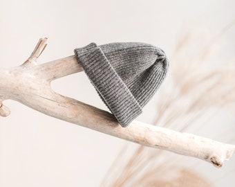 Fisherman beanie, grey cashmere slouchy beanie hat, cashmere beanie, merino wool handmade hat
