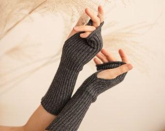 Cashmere wool wrist warmers, fingerless gloves, knitted arm warmers, wollen mittens, half finger gloves, hand warmers