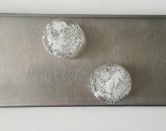 Kühlschrank Magnettafel : Magnettafel aus fensterrahmen nachhaltiges aus sozialen manufakturen