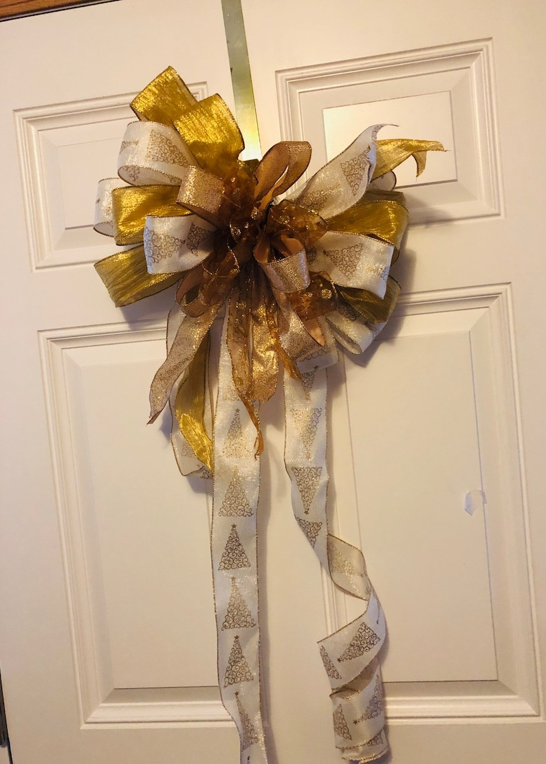 Gold and cream tree topper