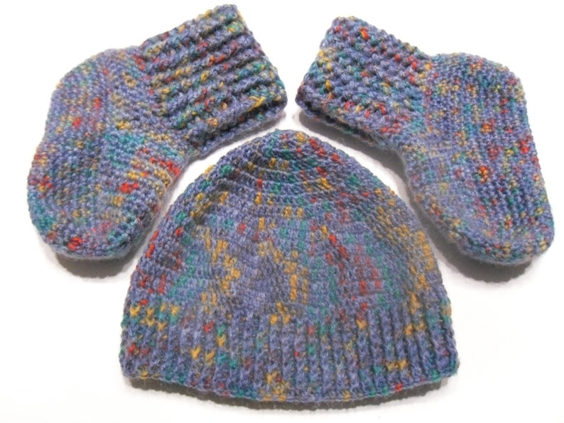 Crochet pattern Baby Bootees+hat size 56-62