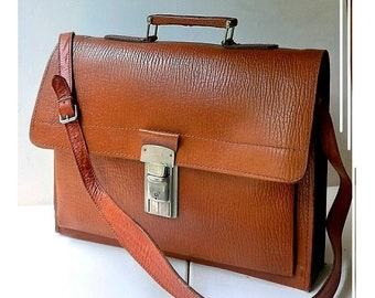 Midcentury RETRO / Old genuine leather briefcase, men's office bag / honey brown / 3 compartments / keys / shoulder straps removable / 41 x 31 cm