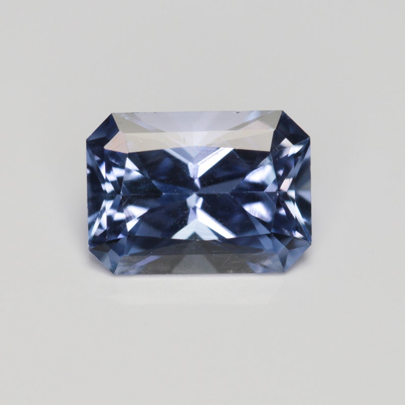 0.828 Carat Violet Sapphire Good Cut Radiant 6.34 x 4.58 mm Calibrated Heated Loose Stone