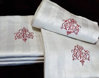 RARITY, 3 beautiful, rare linen towels with magnificent monogram, Best original condition