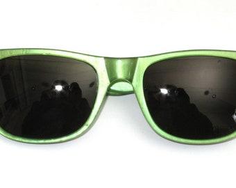 Sunglasses hand Painted, green